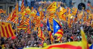 """Catalogna, """"Parlament"""" avvia separazione dalla Spagna"""