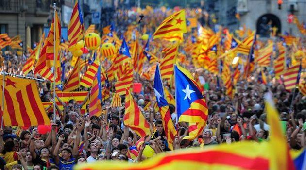 Puigdemont appoggia Sanchez in cambio dell'indipendenza